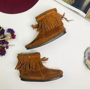 [Minnetonka] Fringe Moccasin Booties Size 6.5